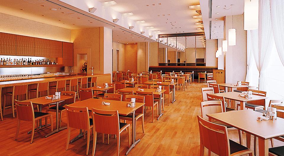 レストラン アイリス