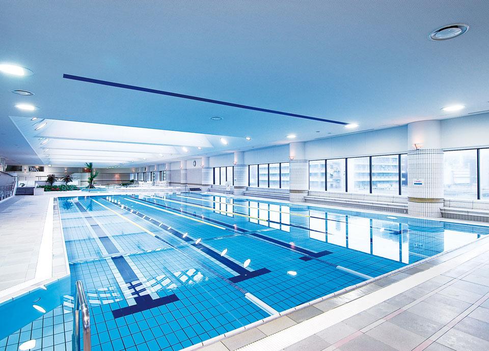 リーガロイヤルホテル(大阪)のロイヤルヘルスクラブのプール